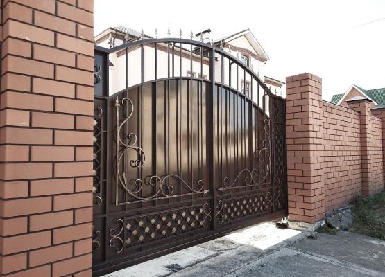Установка ворот в Белгороде