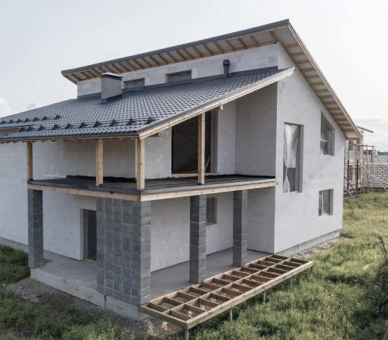Строительство коробки дома, перегородок, перемычек, дверных и оконных проемов, согласно проекту